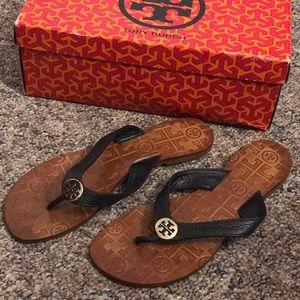 Thora navy sandals